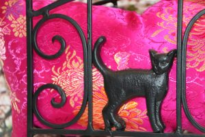 Image of a cat design on a Bed Frame